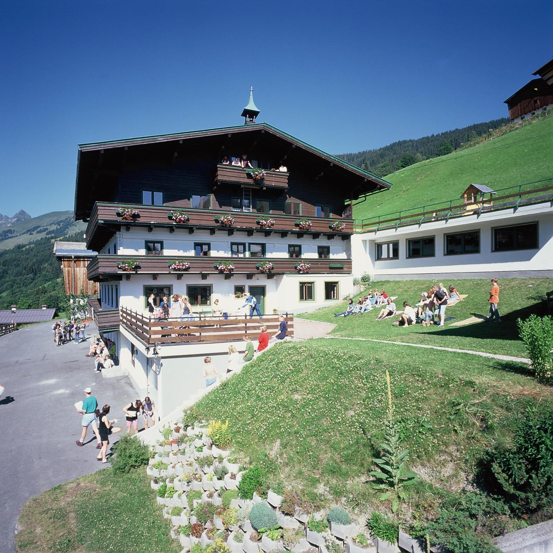 """""""Jungscharlager WALLEGGHOF - Jugend und Familien Gästehaus im Salzburger Land"""""""